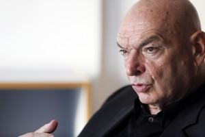 Jean  NOUVEL  architecte .