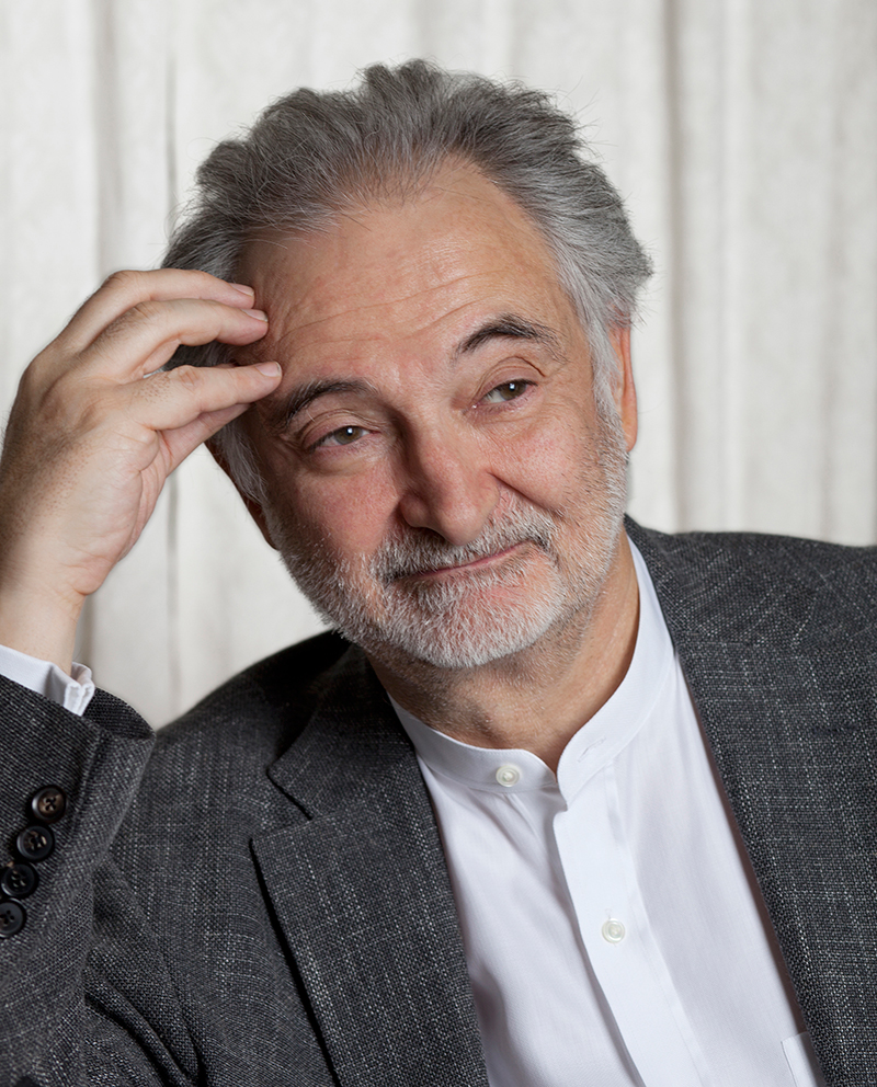 jacques-attali-pour-le-magazine-grand-paris-developpement.jpg