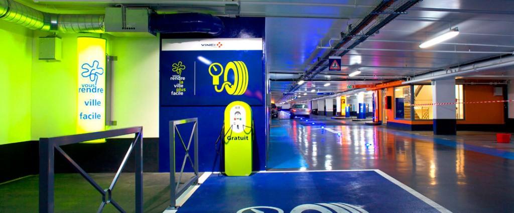VINCI-Park-et-la-ville-de-Charenton-le-Pont-lancent-le-paiement-du-stationnement-en-voirie-par-mobile