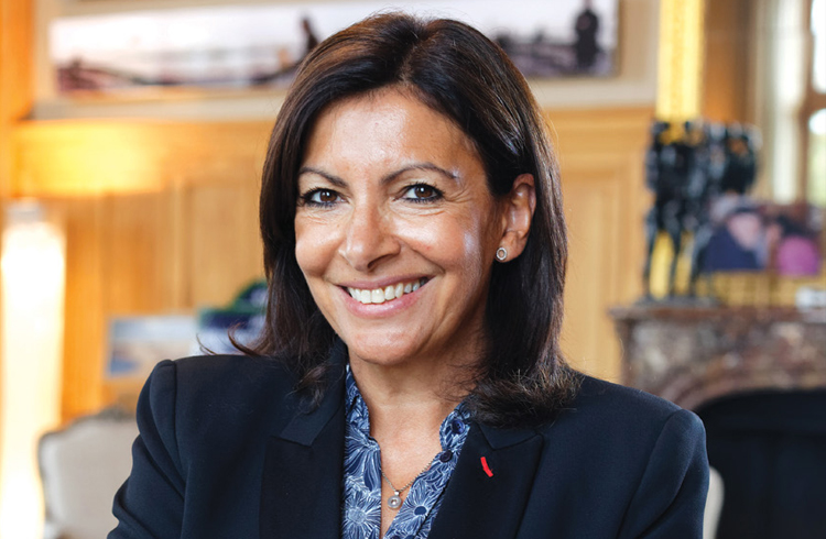 Anne-Hidalgo-maire-de-Paris-2020.jpg